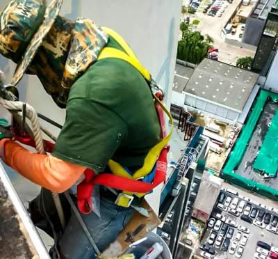 เชือกใยยักษ์ เชือกในงานก่อสร้าง งานทาสีตึก